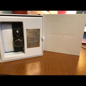 Michael kors Watch (fit bit)